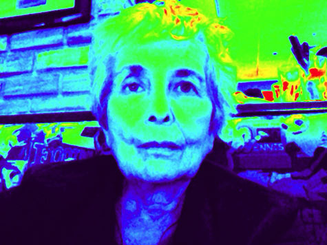 ipad photobooth play1 iPad Photo and Effects Call Attention to Intepretations   Treasure Your Life Now   v9 4