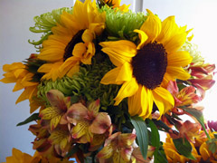 sunflower bouquet arrangement centerpiece